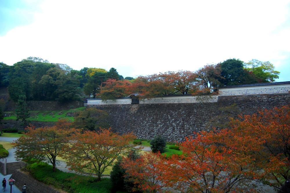 Six Attributes Garden - Kenrokuen Garden (兼六園) in Japan (1/6)